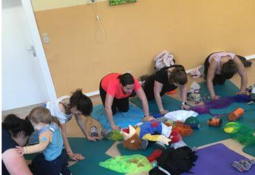 Workout für Mamas mit Baby (postnatales Training)